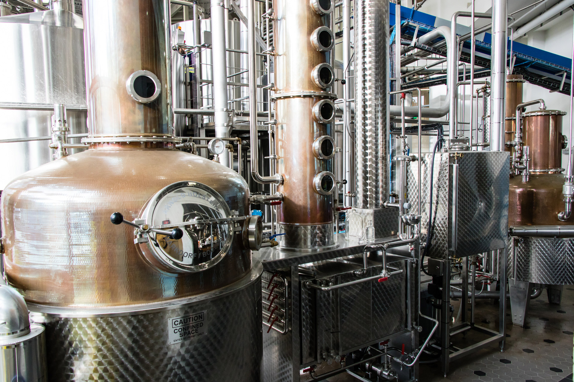 Bridgeview Brewing Company Contract Brewing Stills Slider